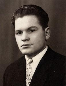 Перший директор училища  Березюк В.Л.