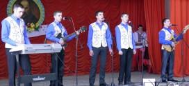 Народний художній вокально-інструментальний ансамбль «Юність»